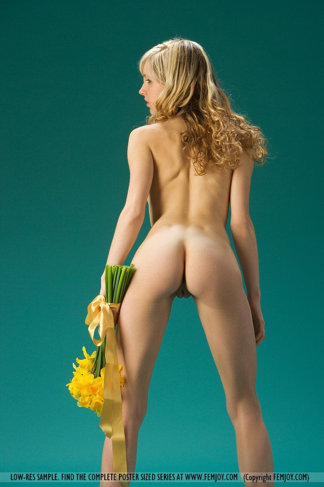 sexy daffodil pussy pictures