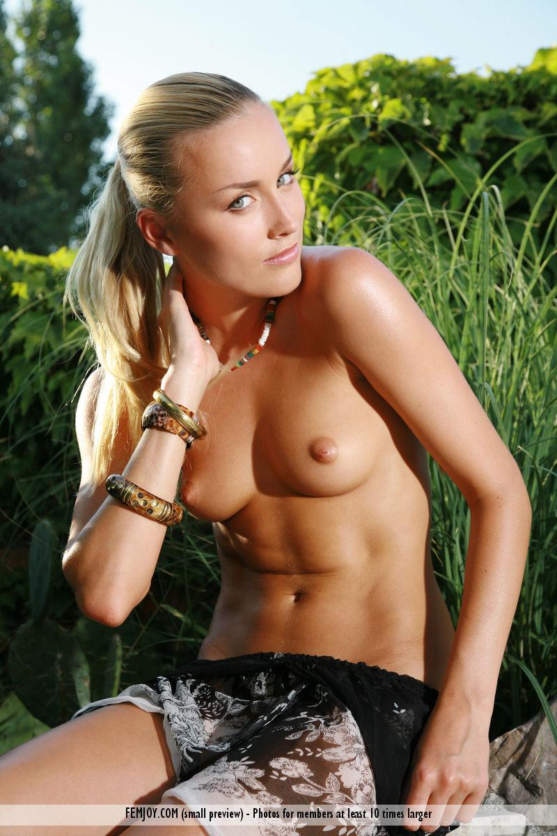 Sexy girl in latex having sex