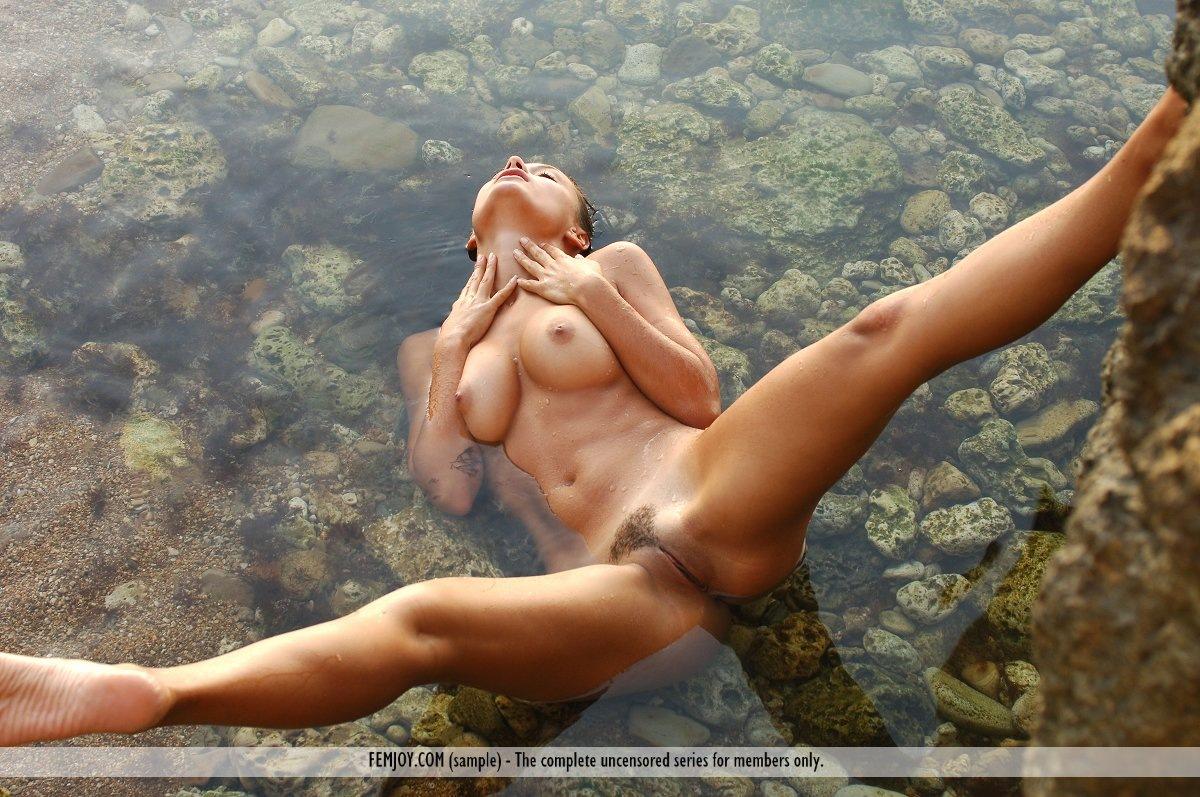 Самая красивая девушка в мире голая смотреть онлайн 15 фотография