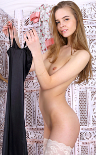 MPLstudios Carolina Sampaio in Gala. Carolina is so gorgeously hot she needs absoluely no clothes at all covering her fabulous body! 12 pics by Photographer Jey Mango